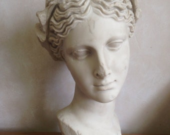 Thalia Museum Replica Head - MarbleCast