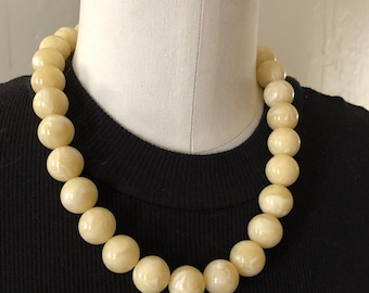 Ivory Beaded Necklace   Vintage Lucite Marbled Marco Chunky Statement Necklace