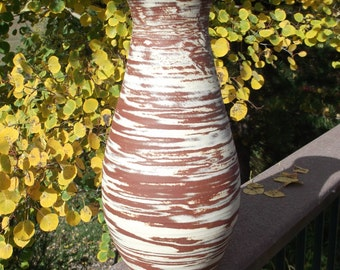 Vase Tall Handthrown with two different types of clay - Unique Pottery
