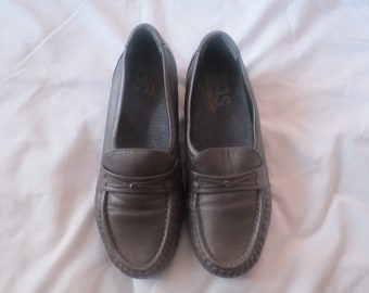 SAS silver/brown loafers 6W