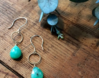 Drop Chrysoprase and gold dangle earrings