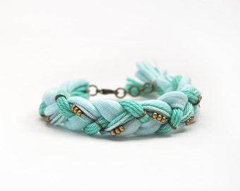 Mint friendship braid bracelet with beads, friendship bracelet from cotton, mint bracelet