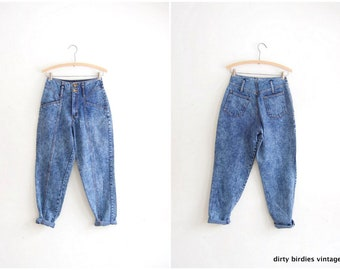 """80s Acid Wash Jeans Vintage High Waist Retro Hipster Denim Bleached Stone Washed 1980s Streetwear Jeans Worn In Womens XS 25"""" Waist"""