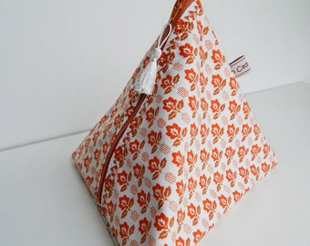 vintage pyramidale pouch in orange and brown cotton