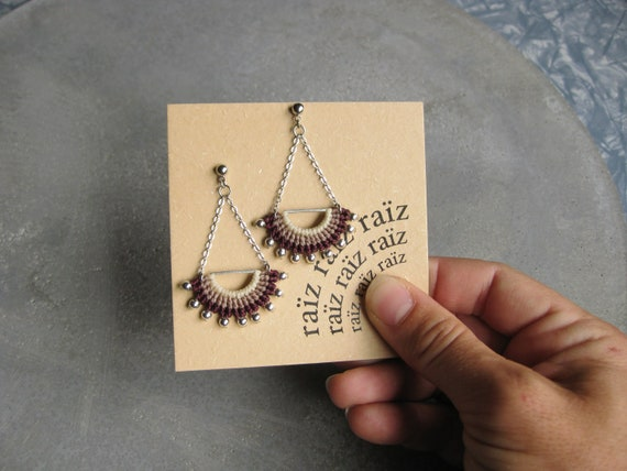 I N T I . Long Dangling Fiber & Metal Earrings . Micro Macrame © Design by .. raïz .. Design by .. raïz ..