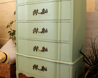 French provincial Dresser - Mint - Cabinet restored / refurbished AINA