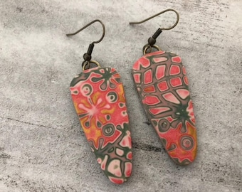 Coral earrings - khaki polymer clay and bronze metal hook