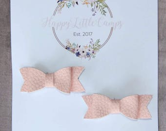 The Piggy Bows// Pink // Bows for pigtails // Hair bows // Pigtails // Hair accessories