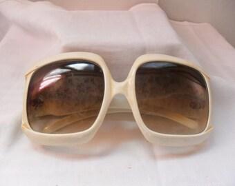 Vintage Sunglasses, original years 50, vintage sun glasses 1950, sunglasses years 50 Italian white,