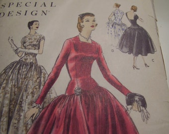 Vintage 1950's Vogue 4651 Special Design Dress Sewing Pattern, Size 18, Bust 36