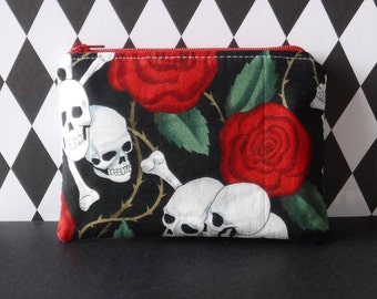 Skull Bag - Tampon Pouch - Skull Roses Fabric - Tampon Holder - Tampon Case - Toiletry Bag - Women Toiletry Bag - Sanitary Pad Holder