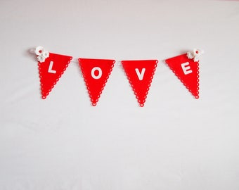 Love Bunting, Custom Banner, Party Bunting, Personalised Bunting, Party Decorations, First Birthday, Birthday Décor, Nursery Decor