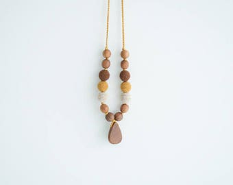 Babywearing Mama Necklace with wooden drop pendant - Brown & Mustard - Oak Wood