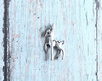 6 Small Deer charms 3D antique silver tone - silver deer pendants, woodland charms, animal charm, fawn charms, forest animal charms, Y17
