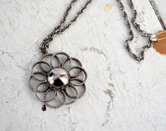 1960s Flower Pendant and Chain