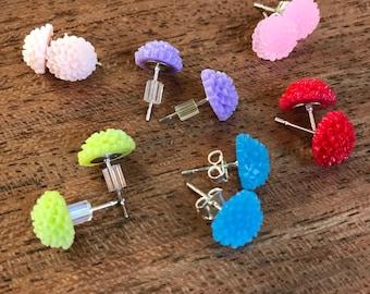 6 pairs Flower Post Earrings