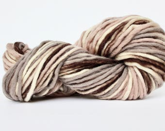 Bulky Light Wool Print  Yarn, Roving Yarn, Chunky Yarn, Wool Yarn, Blanket Yarn, XL Yarn, Big Yarn, Bulky Yarn, Knitting Yarn, Mocha Cream