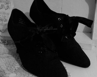 Vintage Lace -up Booties Witchy Woman Stevie Nicks Steam Punk Fashion Ready to Ship
