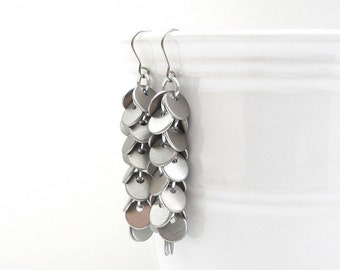 Chainmail earrings, shaggy earrings, chainmail jewelry, long silver earrings, brushed aluminum confetti earrings