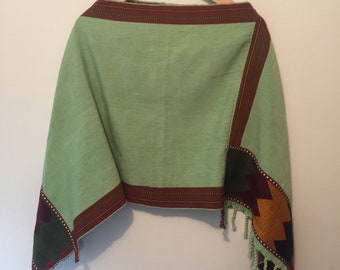 Mexican Poncho, Mexican Blanket Poncho, Handloom, Handwoven Poncho, Fringed Poncho, South American Textiles OSFM Green