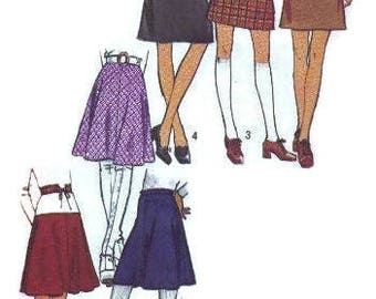 Simplicity 70s Sewing Pattern Retro Style Mini Skirt Easy to Sew Flared A-line Summer Fashion Waist 27 Uncut