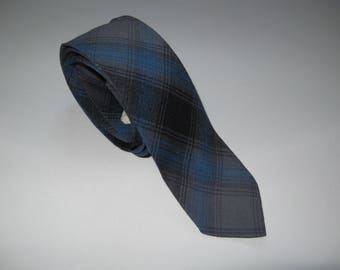 Grey-blue plaid tie, 1980s vintage skinny necktie, wool-blend argyle, preppy