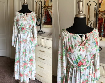 Vintage 1970's White and Pink Floral Print Full Length Maxi Dress Medium