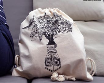 Face and Vase of a Florist Organic Bio Cotton Bag from SeventeaStudios Art Collection City Shopping bags shop sport flowers tree yoga vegan