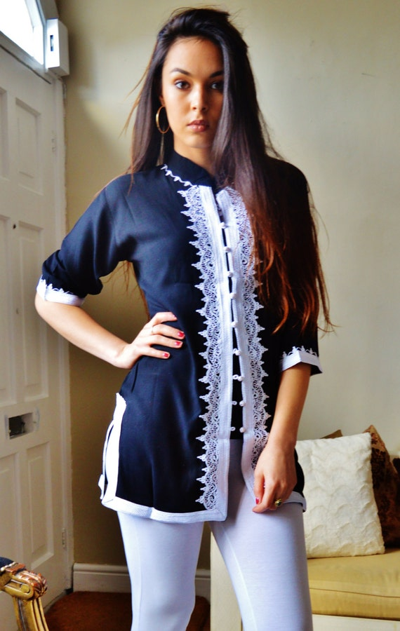 Black and White Moroccan Tunic-perfect for birthday gifts, holiday wear, casual wear, mother's day, Ramadan, Eid