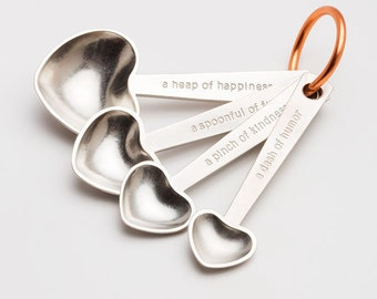 beehive quotes measuring spoons, measuring spoons, tablespoons,teaspoons,kitchenware,gift for cooks,baking,cooking,valentine's,heart