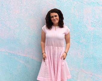 Vintage 1970's White & Pink Sundress With Elastic Waist