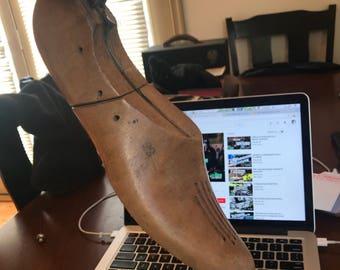 Antique Cobbler shoe form . Vintage shoe form . Solid wood shoe form