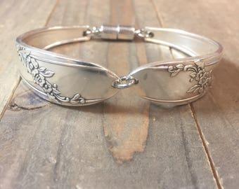 Spoon Bracelet | Queen Bess silverplate  1946|Queen Bess Bracelet| silverware bracelet, silverware jewelry, silverware bracelet, vintage