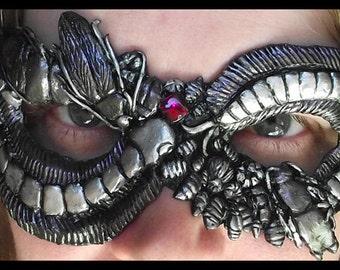 Mask of Centipedes