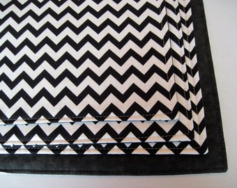 Black and White Chevron Placemats Set of 4 or 6 Reversible Zig Zag Black Chevron Placemats Black Placemats Black and White Kitchen Decor