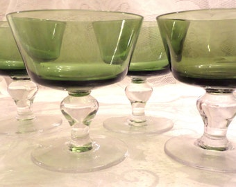 4 Elegant 1960s Vintage Green Sherbert Ice Cream Dessert Cups - Excellent Condition - Like New
