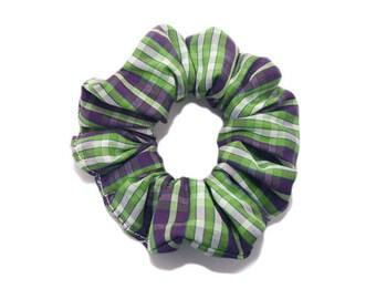 Pet hair, Scottish Tartan, green.