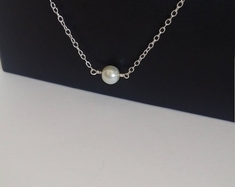 Pearl necklace / Sterling silver necklace / Pearl jewelry / Simple necklace / Dainty necklace / Minimalist jewelry