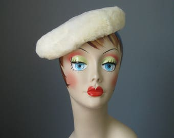 Wide White Rabbit Hat / Vtg 50s / Betmars Lord & Taylor White Rabbit hat