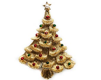 1960s 70s GERRY'S Gold Tone with Multicolored Enamel Ornaments Christmas Holiday Tree Vintage Pin Brooch