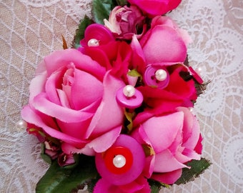 Ladies all pink rose corsage