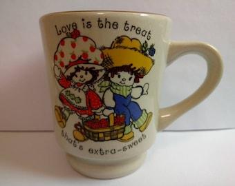 Retro 1980 Strawberry Shortcake Huckleberry Finn Vintage Stoneware Mug