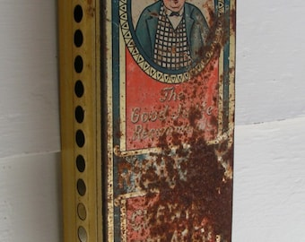 1910 TOBACCO DISPENSER The Good Judge Recommends Right-Cut Chewing Tobacco Advertising Hanging Tin Collectible