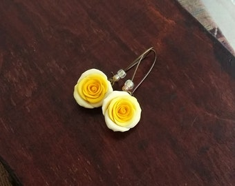 Yellow rose earrings handmade from polymer clay, yellow flower earrings, yellow rose jewelry, bridesmaid earrings, yellow wedding, romantic