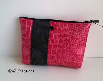 Makeup pouch pink and gray 20 cm by 15 cm.