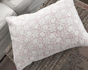 Rare rachel ashwell shabby chic couture cotswold lace and petal pink linen fabric down filled throw pillow french nordic