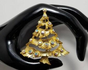 SA Aurora Borieles Christmas Tree Pin