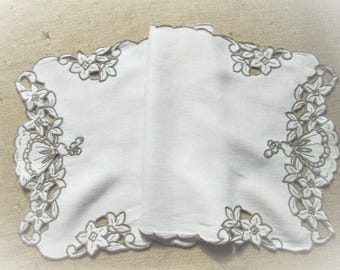 Vintage Table Runner Embroidered Dresser Scarf Southern Belle Crinoline Lady Antique Linens Ivory White Hand Embroidery Vintage Linens