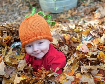 Pumpkin Hat with Tendrils: size 6-18 months