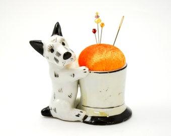 Pincushion 'Schnauzer' porcelain